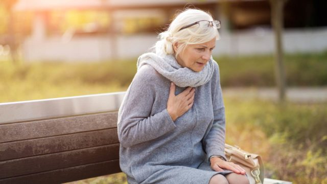 Miten erotan sappikivikohtauksen sydänkohtauksesta?