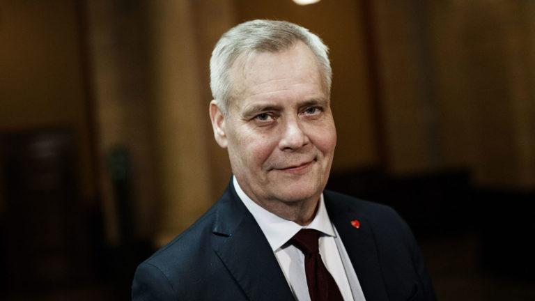 Hallitustunnustelija, SDP:n puheenjohtaja Antti Rinne hallitusneuvotteluja koskevassa tiedotustilaisuudessa Säätytalolla Helsingissä