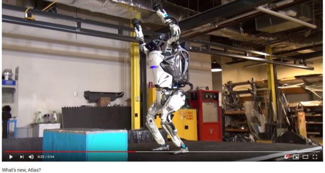 YouTube-video näyttää, miten nopeasti robottiteknologia on kehittynyt.