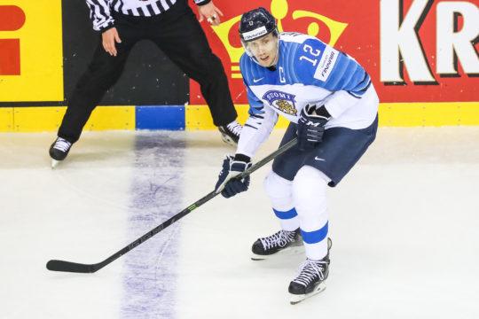Marko Anttila ratkaisi Suomelle maailmanmestaruuden 2-1 voittomaalillaan Kanadaa vastaan.
