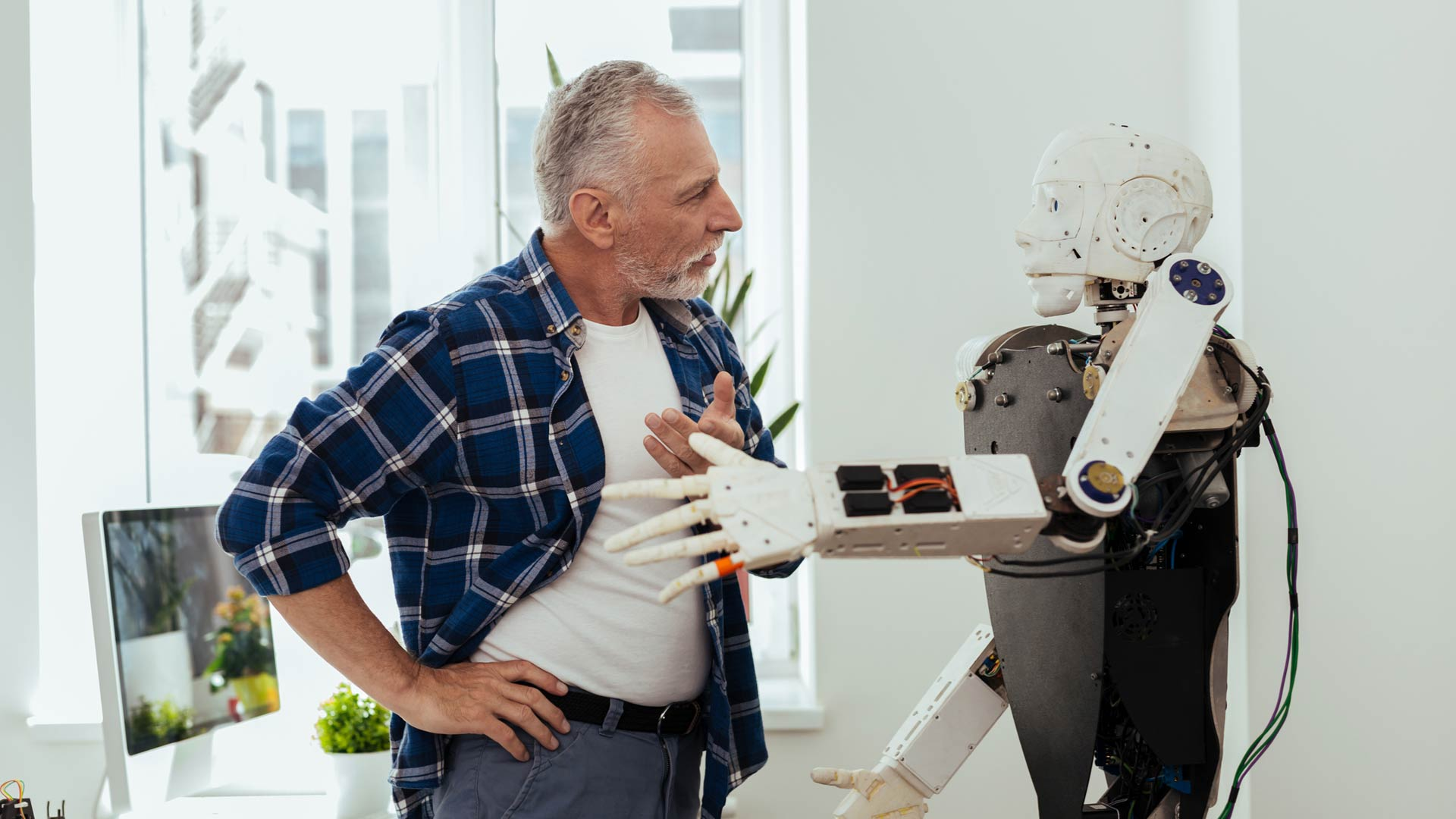 Keskustelu robotin kanssa