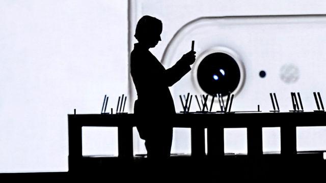 Koukussa älypuhelimeen