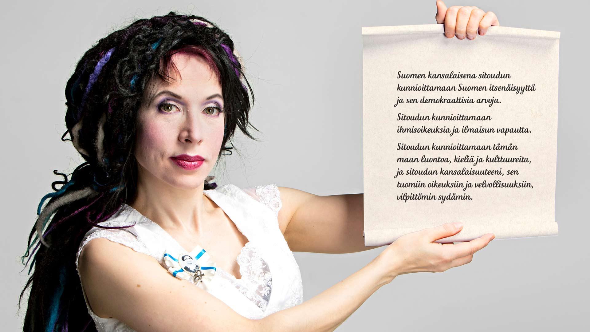 Kirjailija Sofi Oksanen laati Suomelle kansallisuusvalan