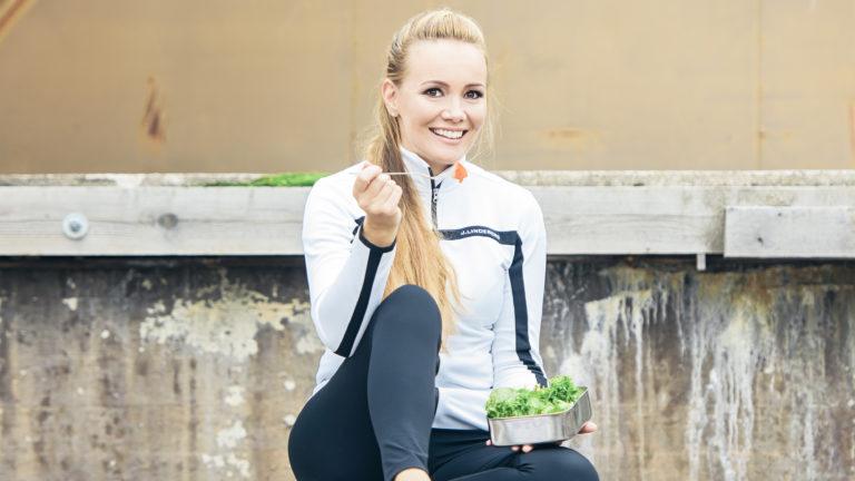 Marja Hintikka pyrkii eroon suorittamisestaan.