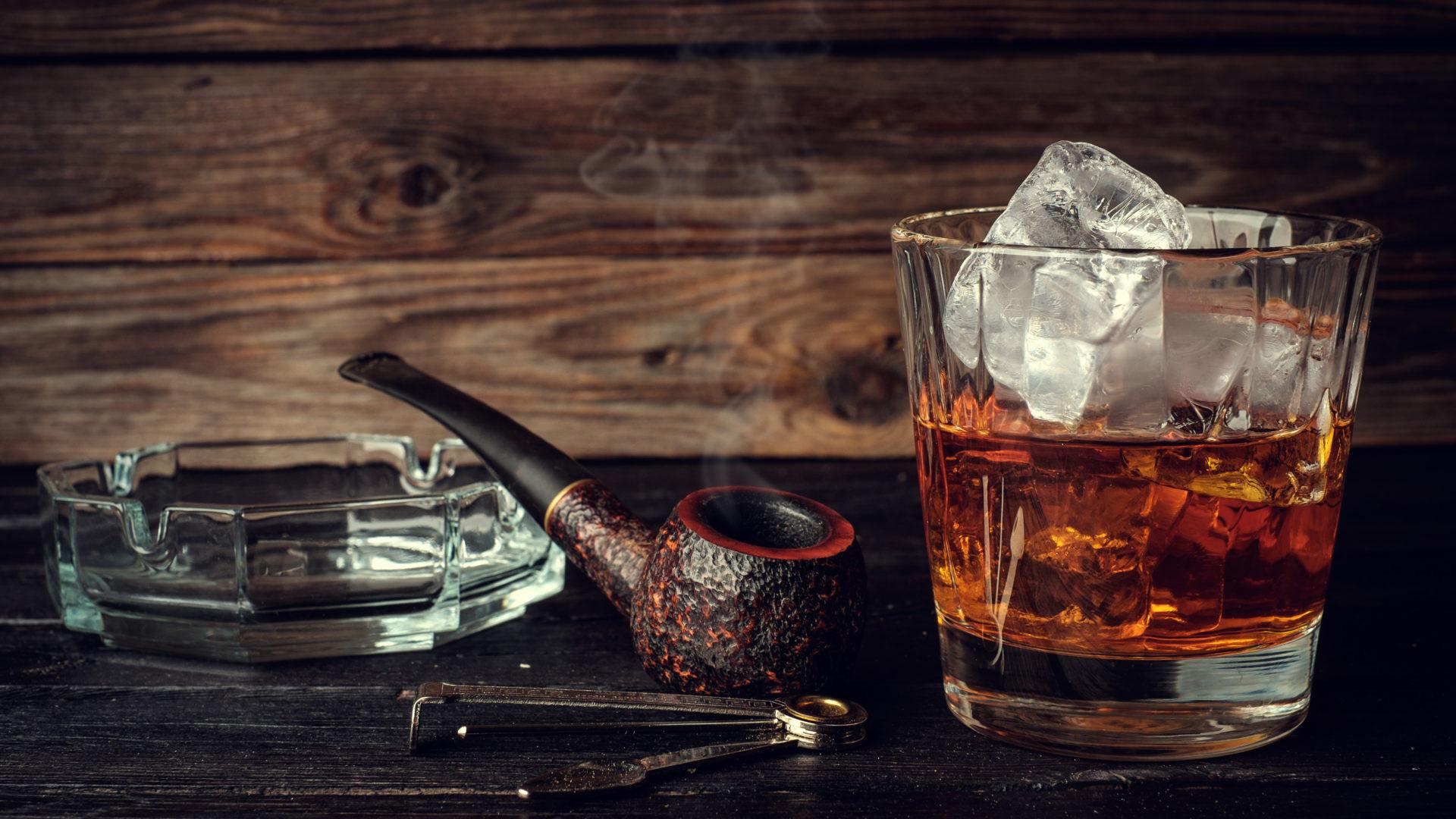 Konjakkia pidetään hienostuneena juomana.