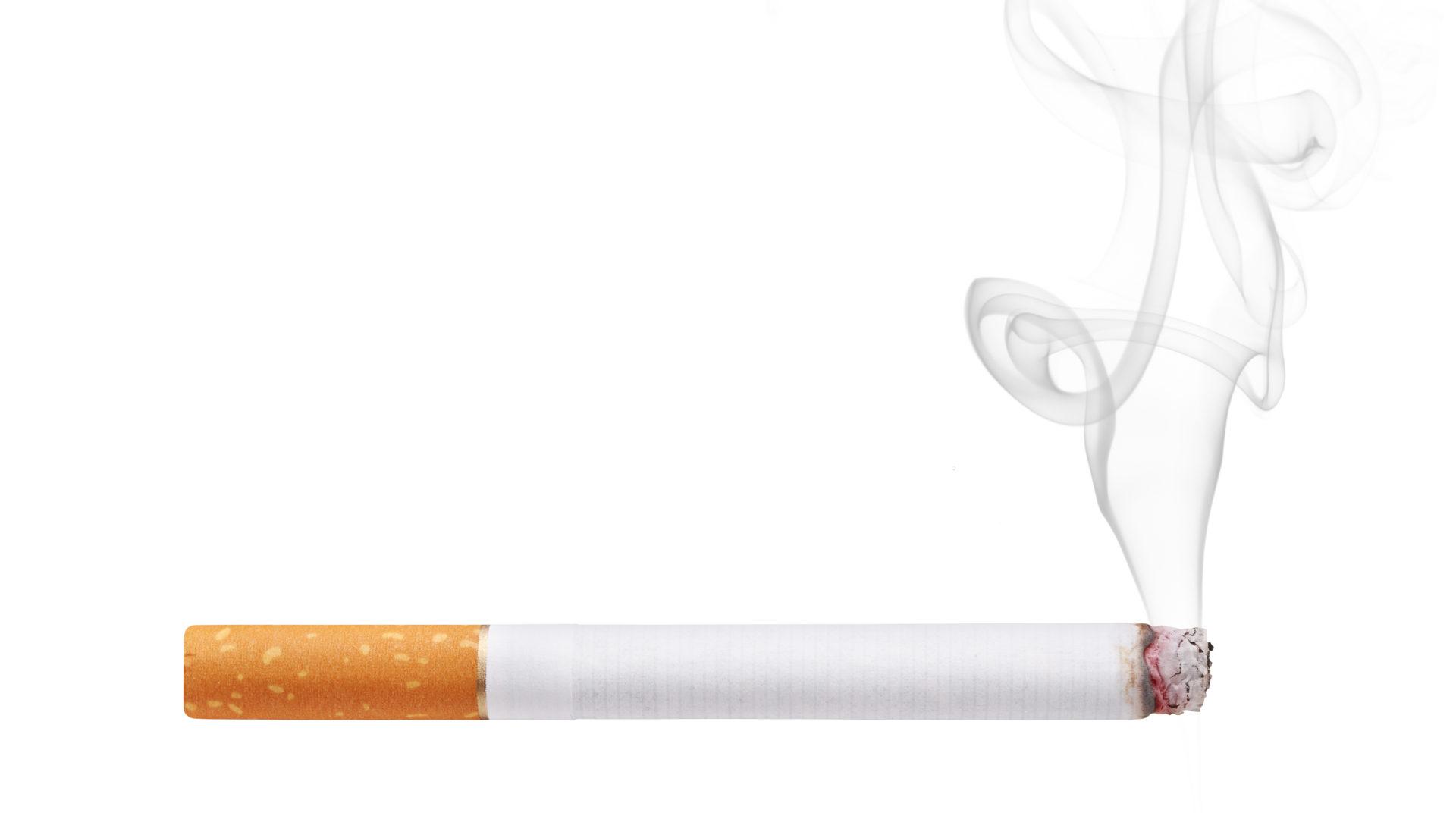Tupakoinnin ostoikäraja saa nousta, tätä mieltä ovat suomalaiset.