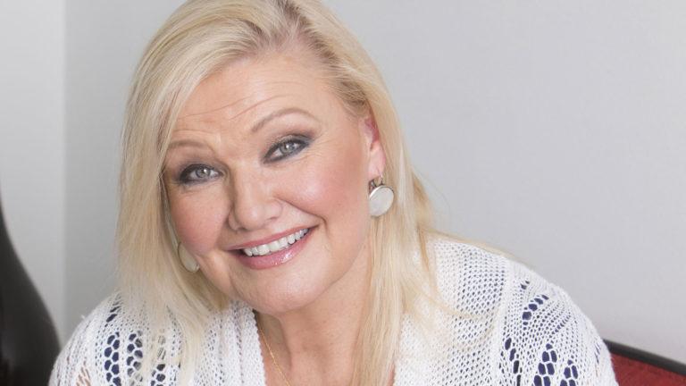 Karita Mattila erosi 30 avioliittovuoden jälkeen.
