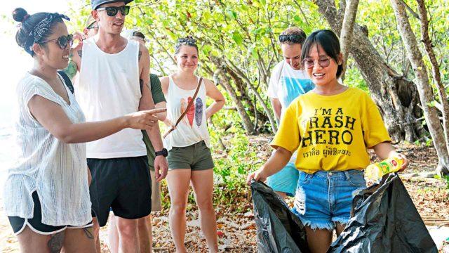Thaimaan rantojen siivous