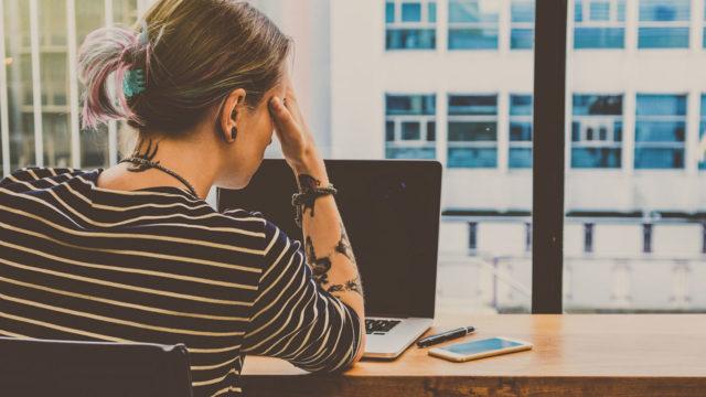 Työpaikkakiusaaminen on pahimmillaan toistuvaa, pitkään jatkuvaa kielteistä kohtelua,