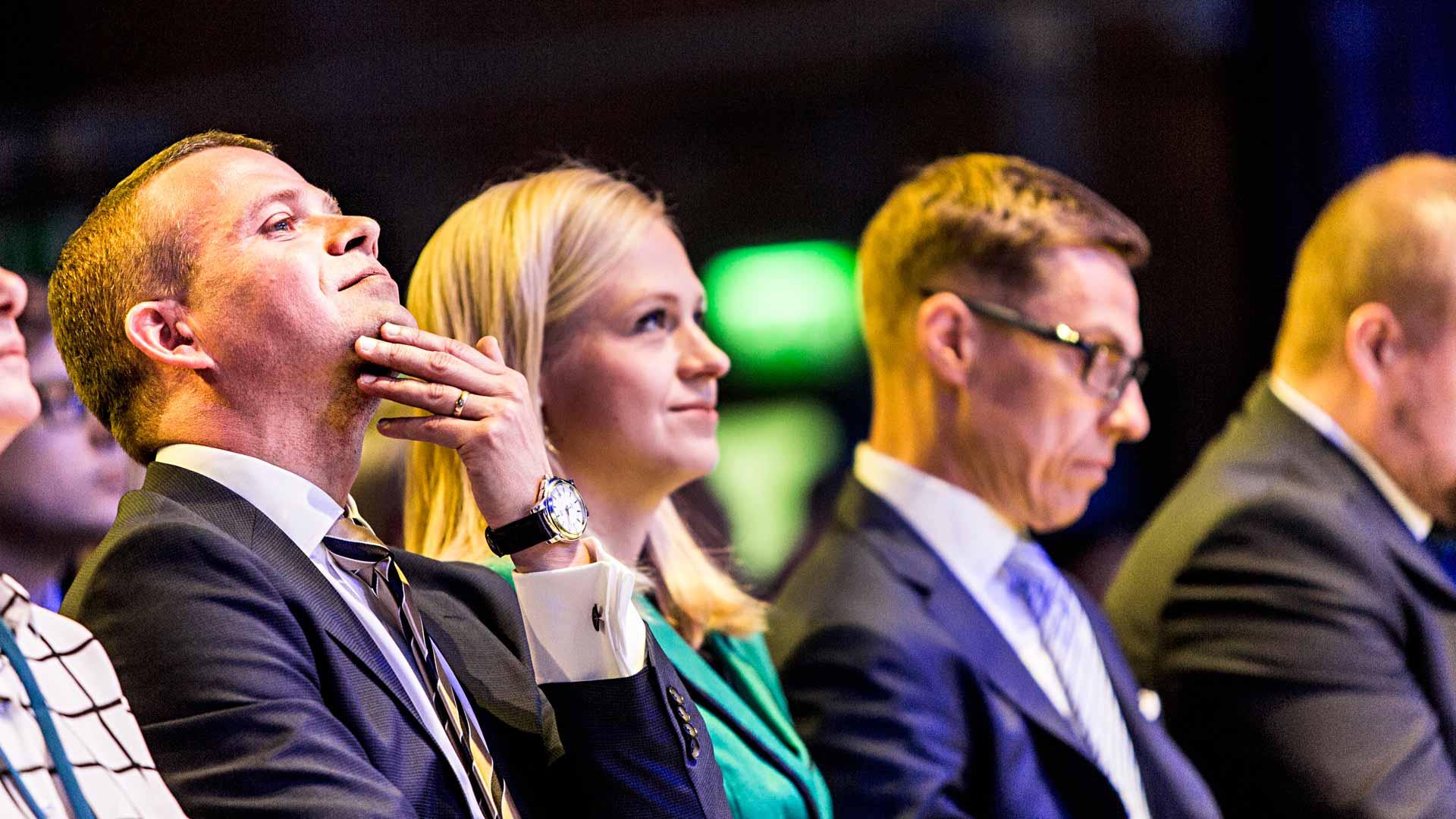 Kokoomus 2016: Petteri Orpo ja Alexander Stubb voittivat Elina Lepomäen puoluekokouksessa 2016.