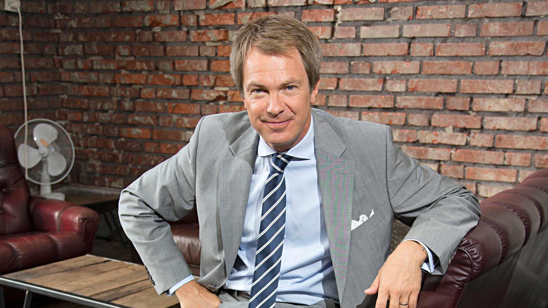 Peter Nyman, 53, on toimittaja ja juontaja.