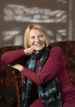 Heidi Könkään uusin romaani Mirjami kertoo talvisodasta naisten silmin.