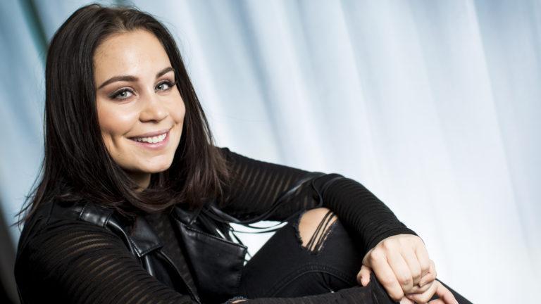 Anna Abreu on julkaissut uuden albumin