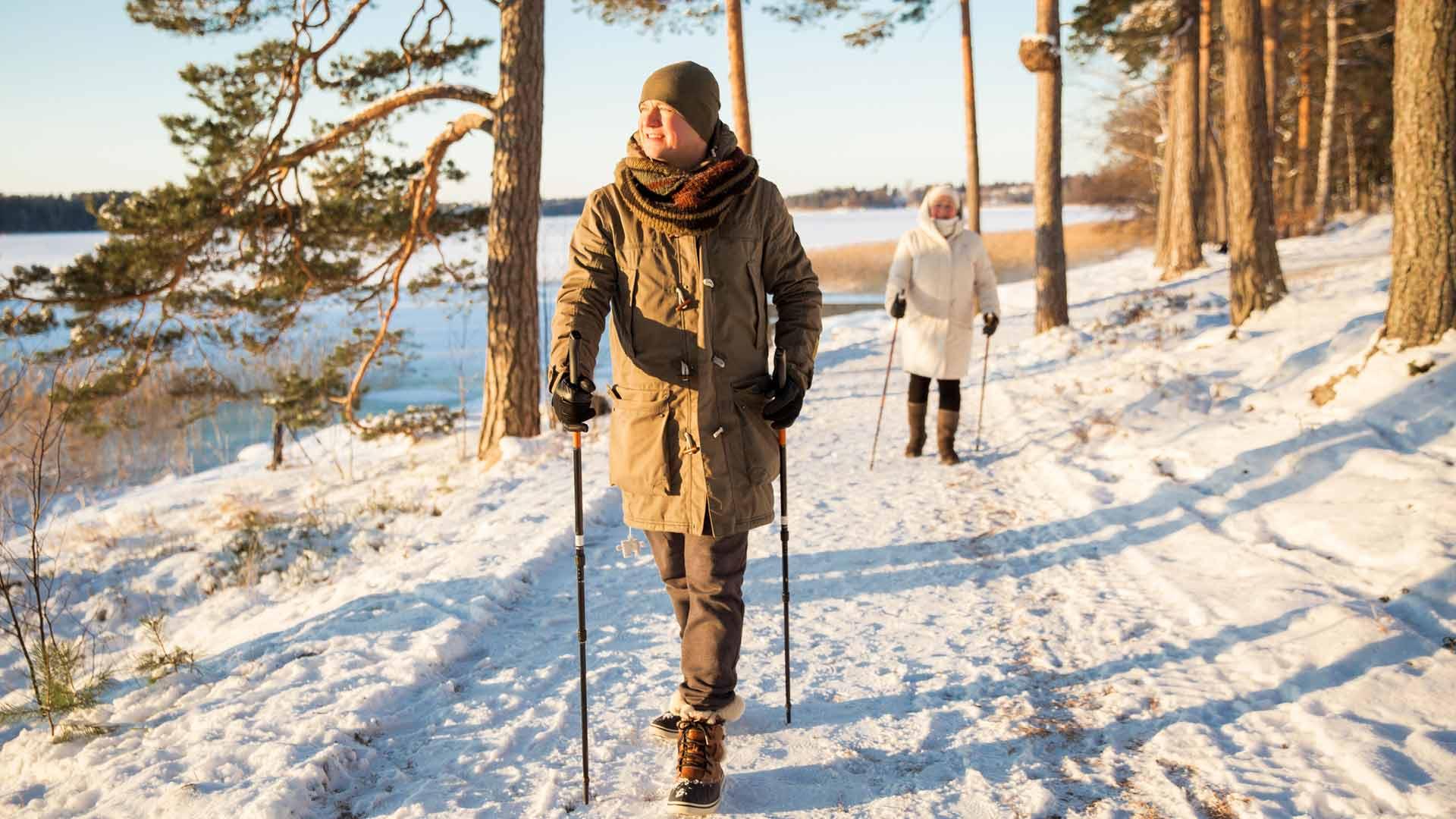 Liikunta parantaa mielialaa ja tukee painonhallintaa.