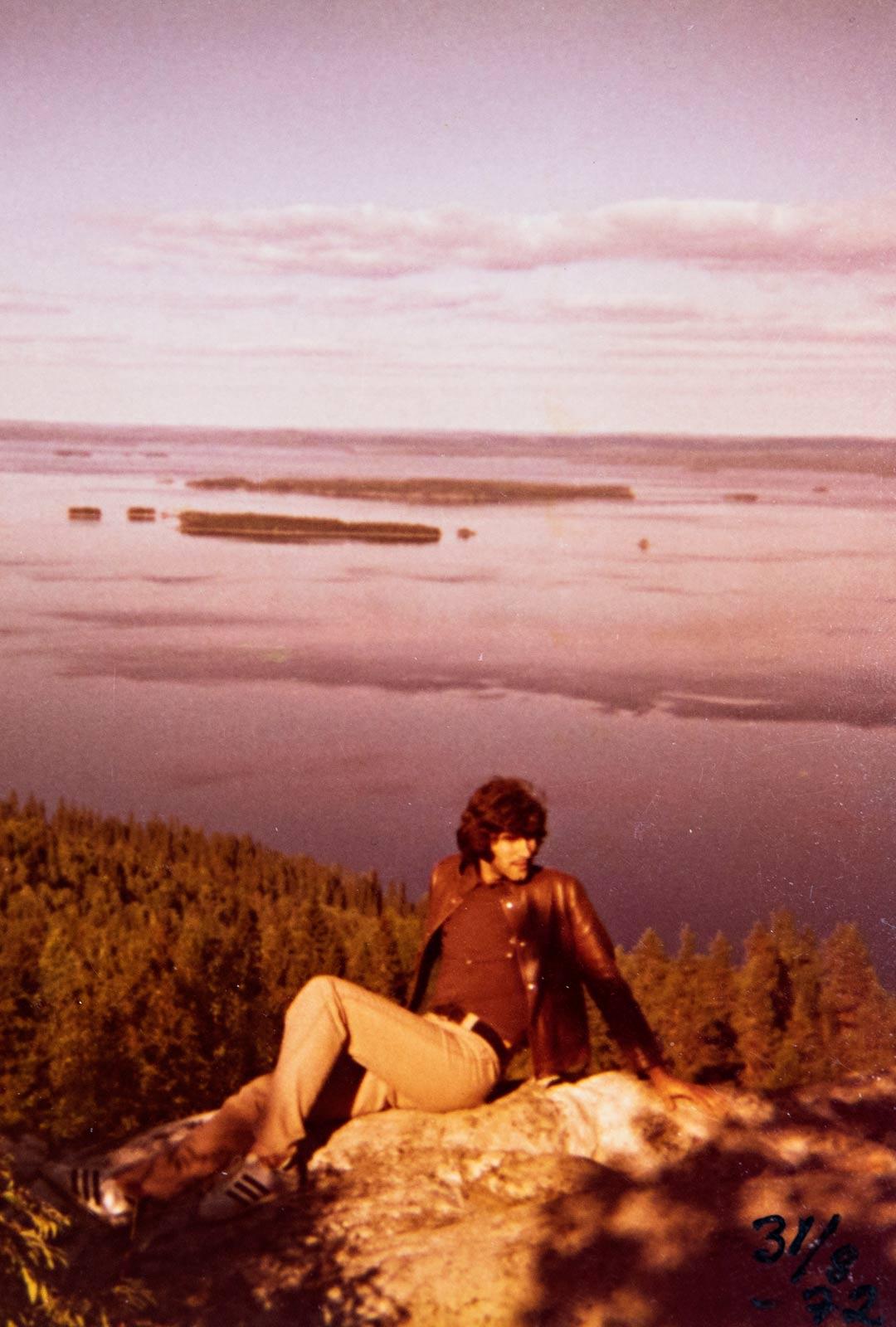 Mory ihastui Kolin maisemiin. Hänen mielestään jo pelkästään niiden vuoksi kannattaisi tulla Suomeen.