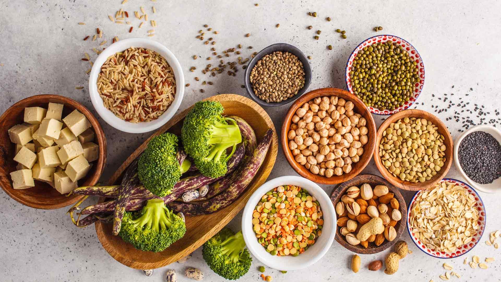 Kasviproteiinituotteiden tarjonta auttaa vähentämään lihan kulutusta.