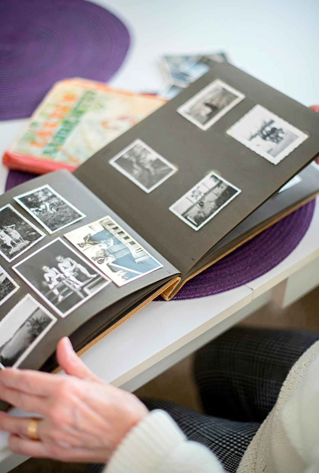 Sota-ajan valokuvien taakse kätkeytyy monta kertomatta jäänyttä tarinaa.