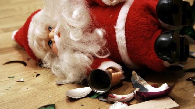 Kaikille joulun aika ei ole turvallista. Pahimmassa tapauksessa tilanne kärjistyy väkivallaksi.