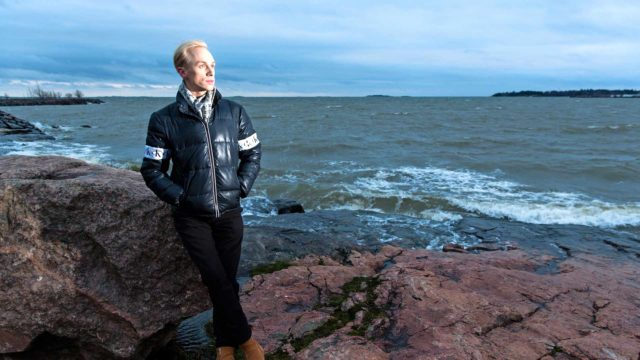 Christoffer Strandberg kertoo oppineensa mummin kautta antamaan jokaiselle ihmiselle mahdollisuuden.