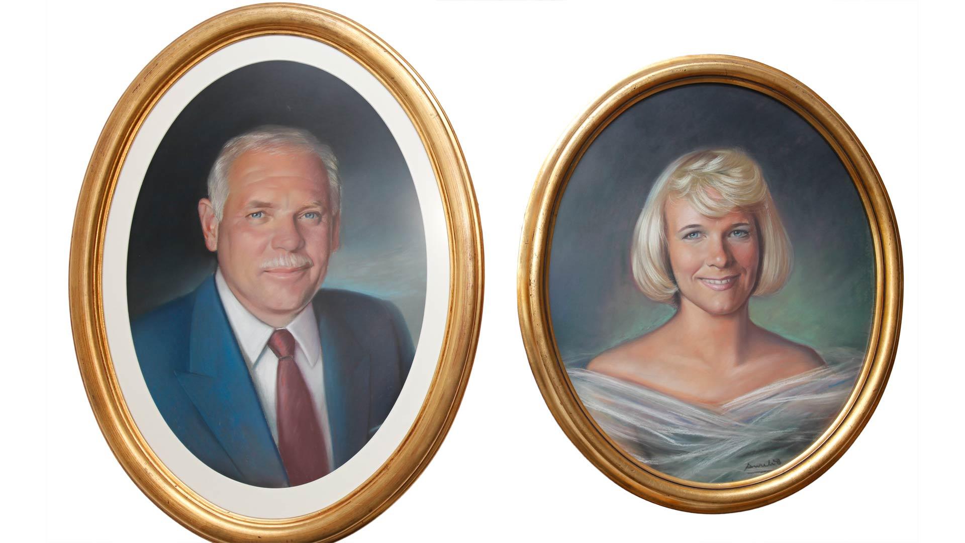 Kodin seinällä on muotokuvat Pirkosta ja hänen kuusi vuotta sitten kuolleesta aviomiehestään Matista, jonka kanssa Pirkko perusti ensimmäisen Espanjan-kotinsa.