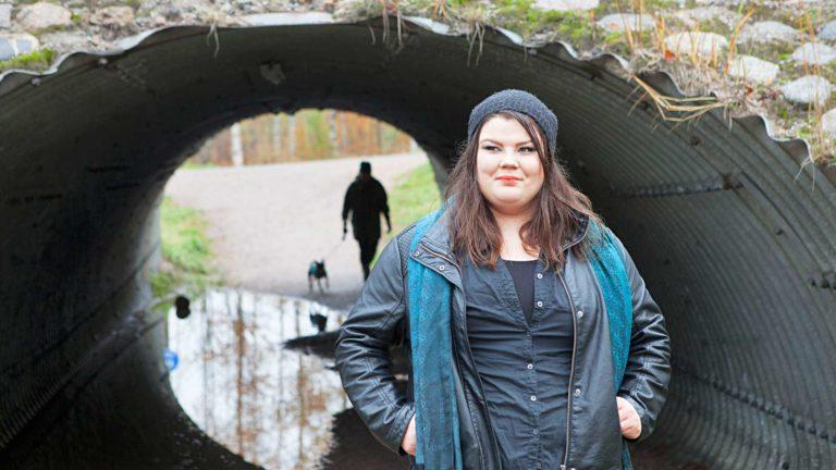 Reetta Toiviainen sai näkökykynsä takaisin. Kokemus muutti täysin hänen suhtautumisensa terveyteen.