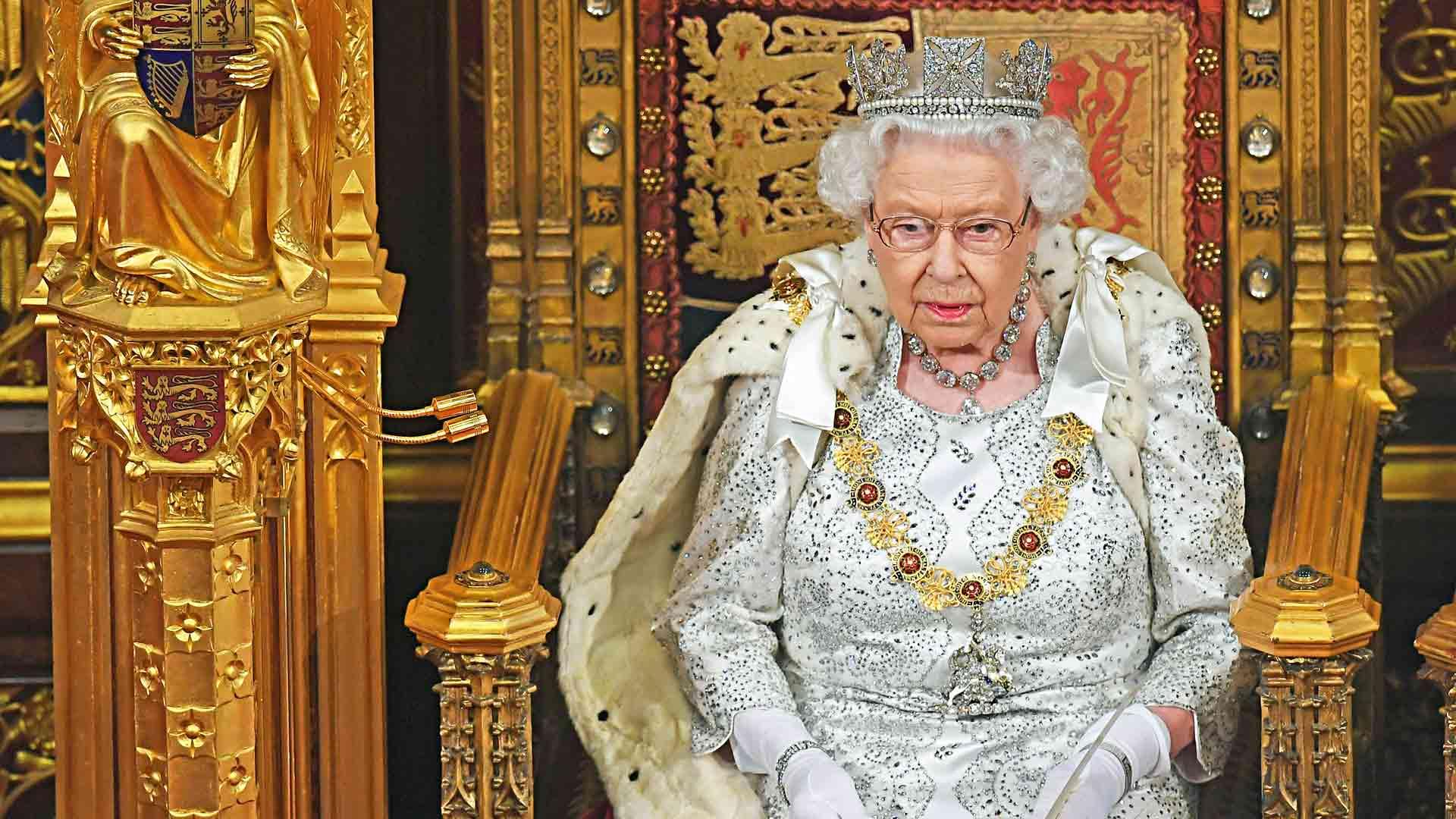 Nyt helmikuun alkupuolella tuli 68 vuotta siitä, kun Elisabetin isä Yrjö VI yllättäen kuoli ja tyttärestä tuli kuningatar 25-vuotiaana.
