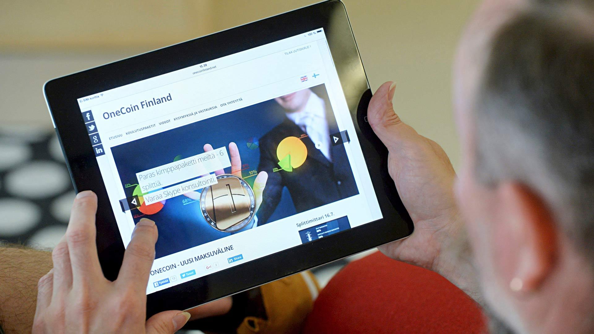 Kansainvälinen Onecoin-verkostomarkkinointiketju päätyi Suomeen 2014: täkäläiset vetäjät saivat mukaan ihmisiä joita oli huijattu muutamaa vuotta aiemmin jo Wincapita-ketjussa.