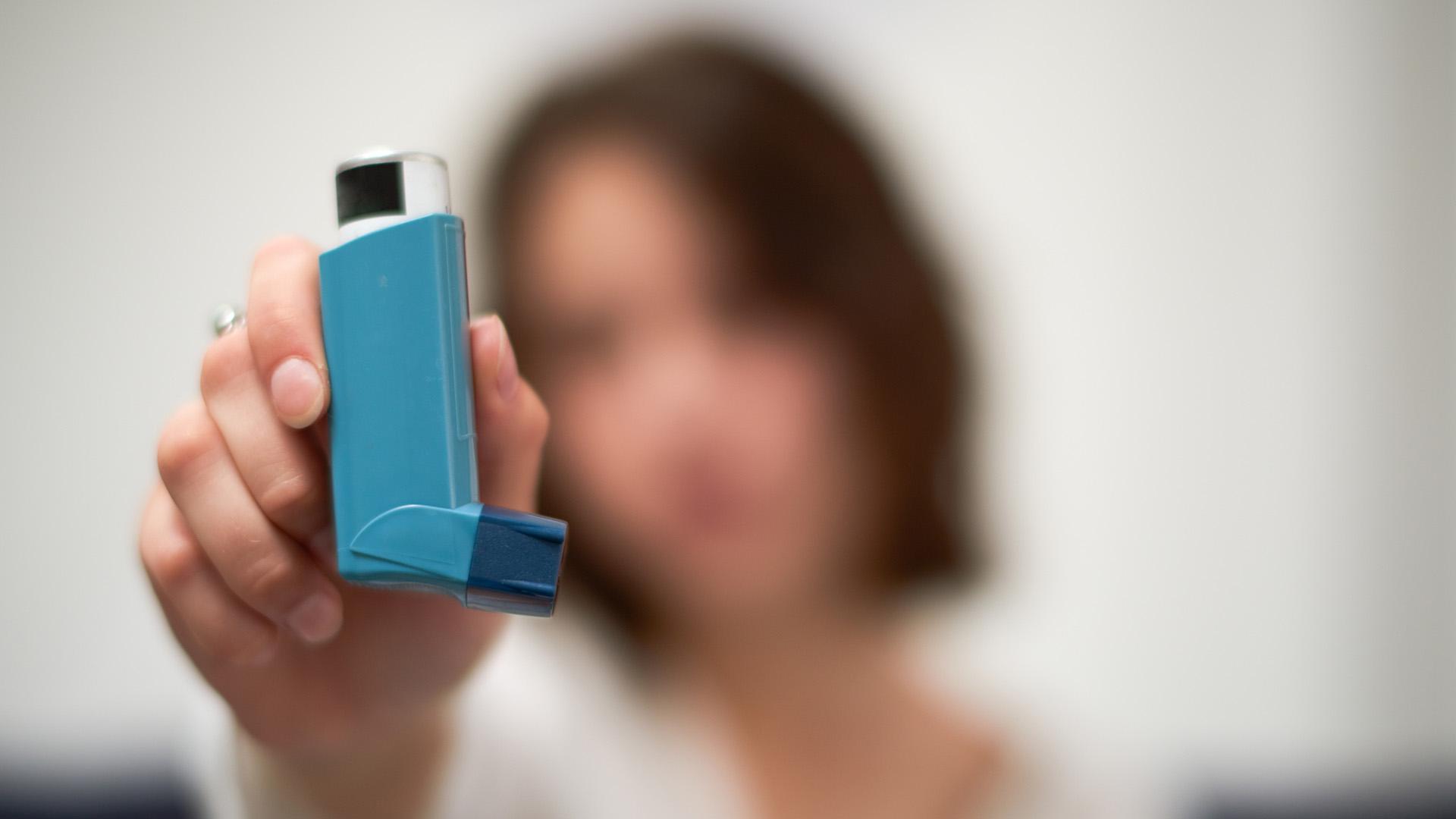 Astma on syytä hoitaa nyt hyvin, kun korona jyllää.