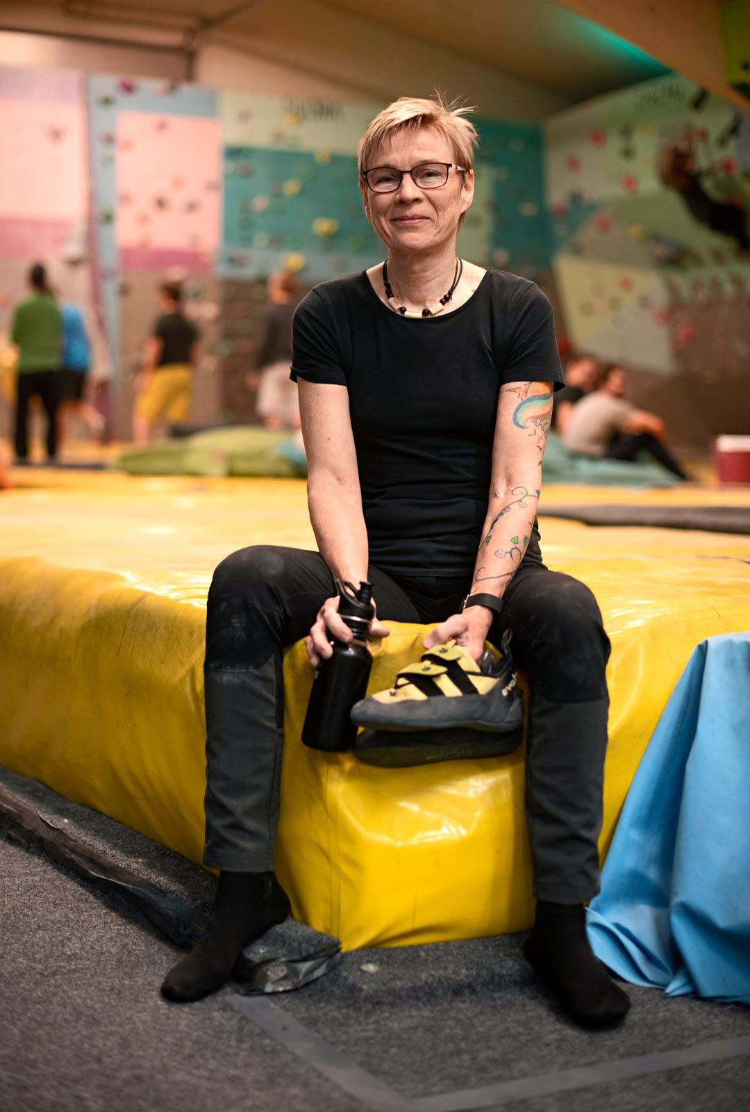 Eija Tuovila harrastaa myös juoksua ja käy kuntosalilla. Seinäkiipeily tukee hyvin muuta urheilua.