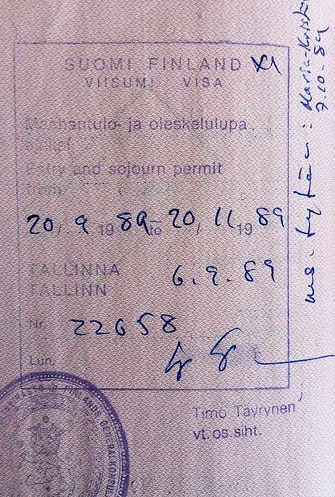 Heli ja Erik saivat syksyllä 1989 kahden kuukauden turistiviistumit Suomeen.