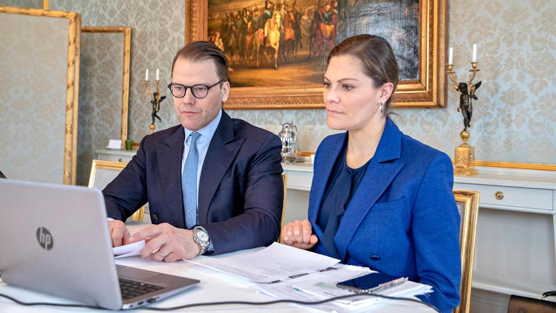 Ruotsin kuningasperhe vietti pääsiäistä etävideoyhteyden avulla.