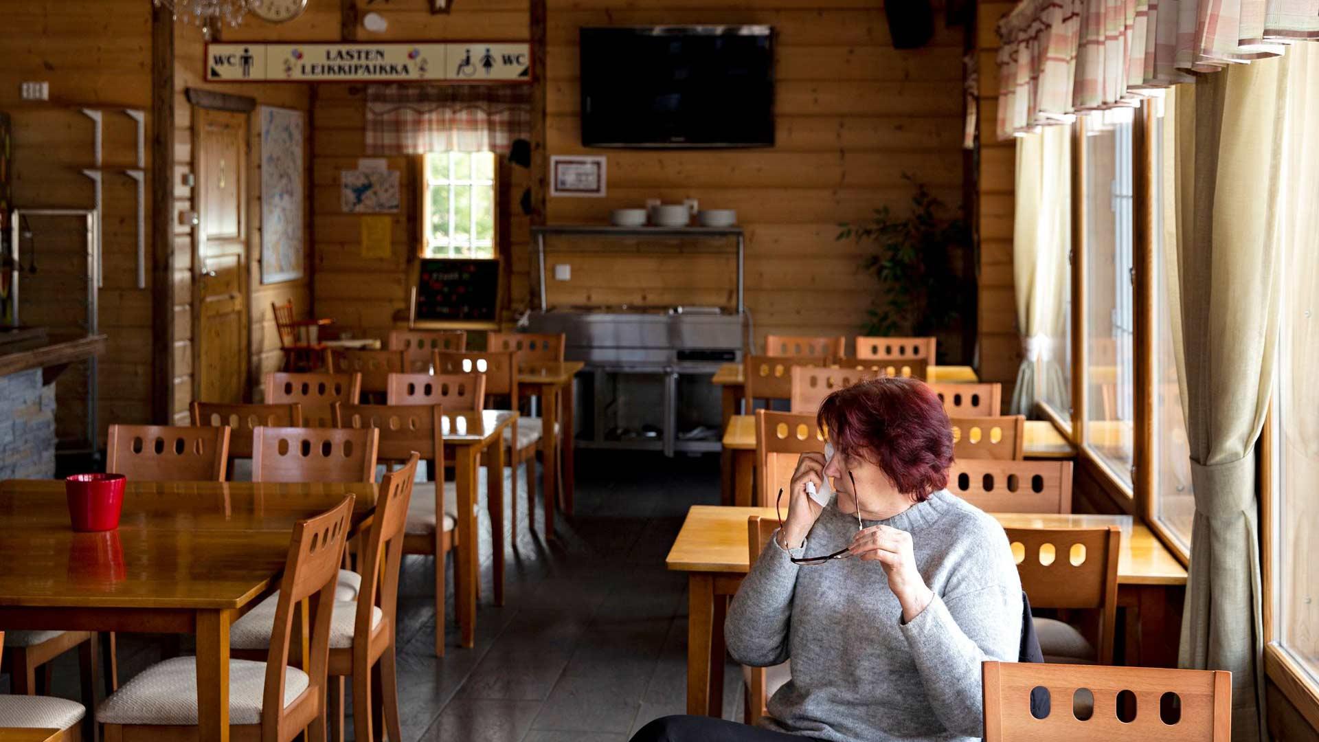 Maria Jalli ikävöi asiakkaitaan ja palaisi heti ravintolansa tiskin taakse, jos vain voisi.
