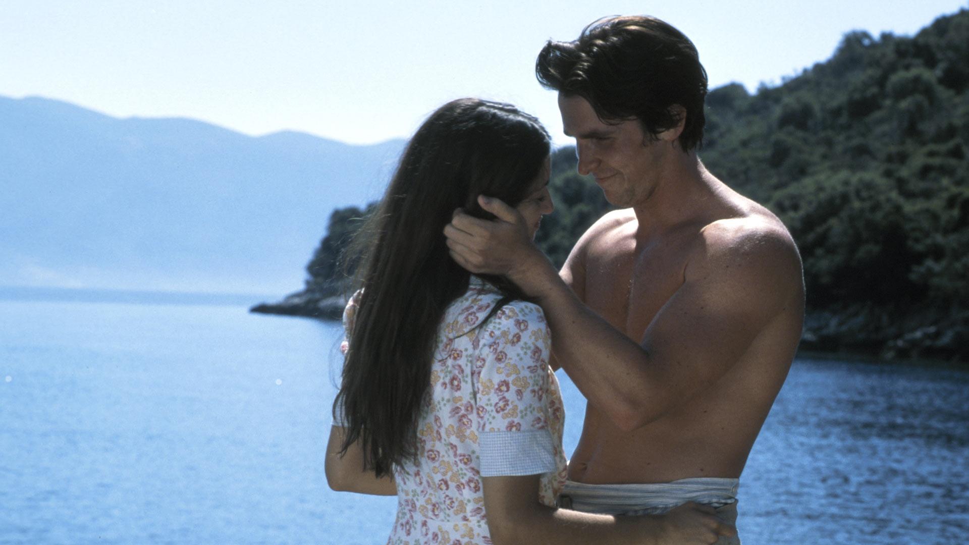 Penelope Cruz ja Christian Bale elokuvassaKapteeni Corellin mandoliini.