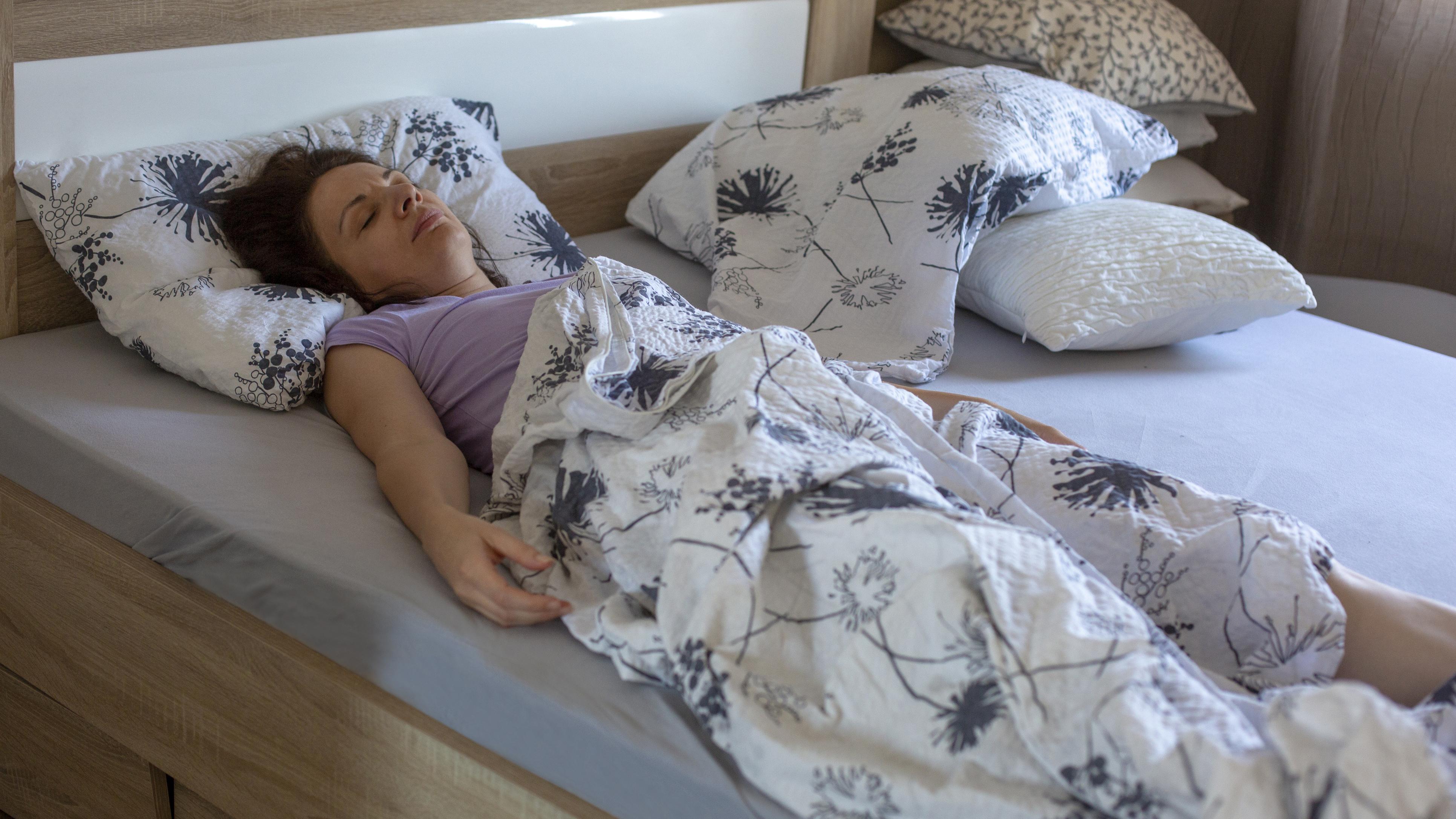 Rentoutus auttaa nukahtamisessa.