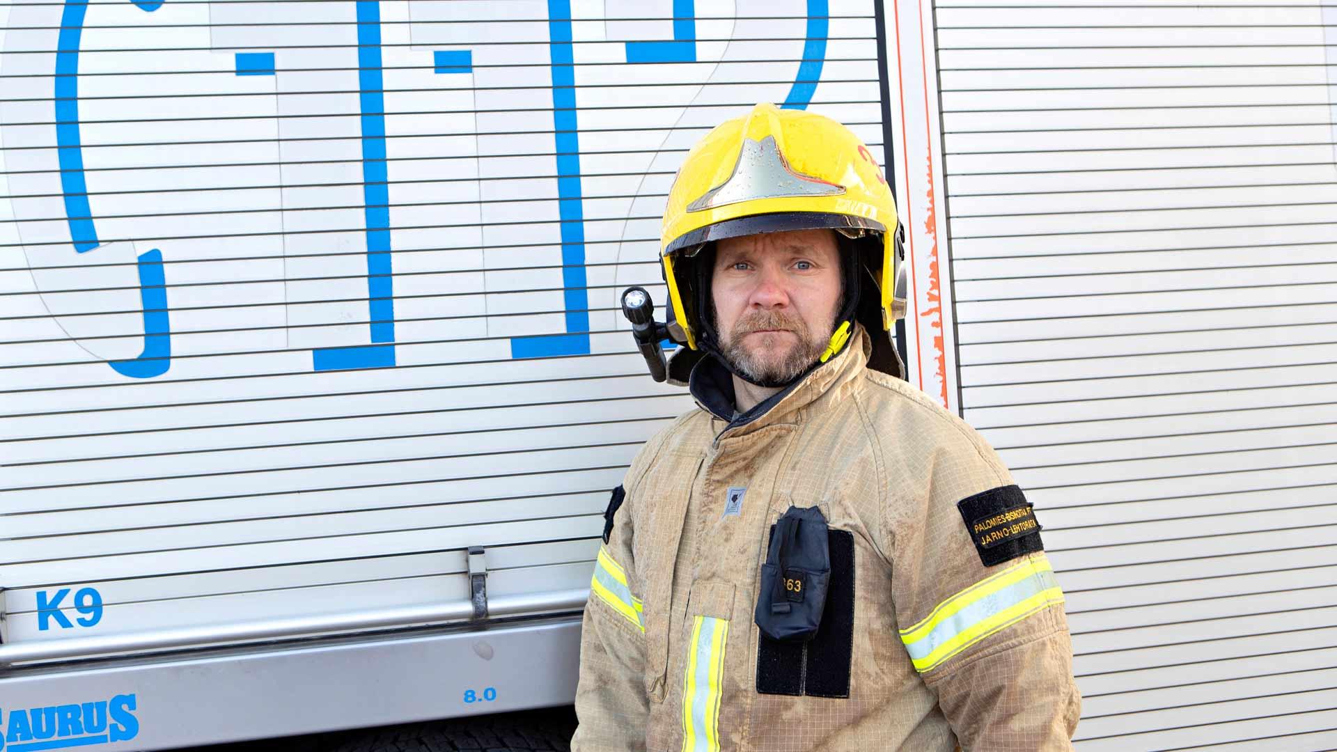 """Jarno Lehtoranta, 42: """"Pelastustyössä varsinainen mittari on henkinen kantti. Kun menee jännäksi, kasetin on pysyttävä kasassa."""""""