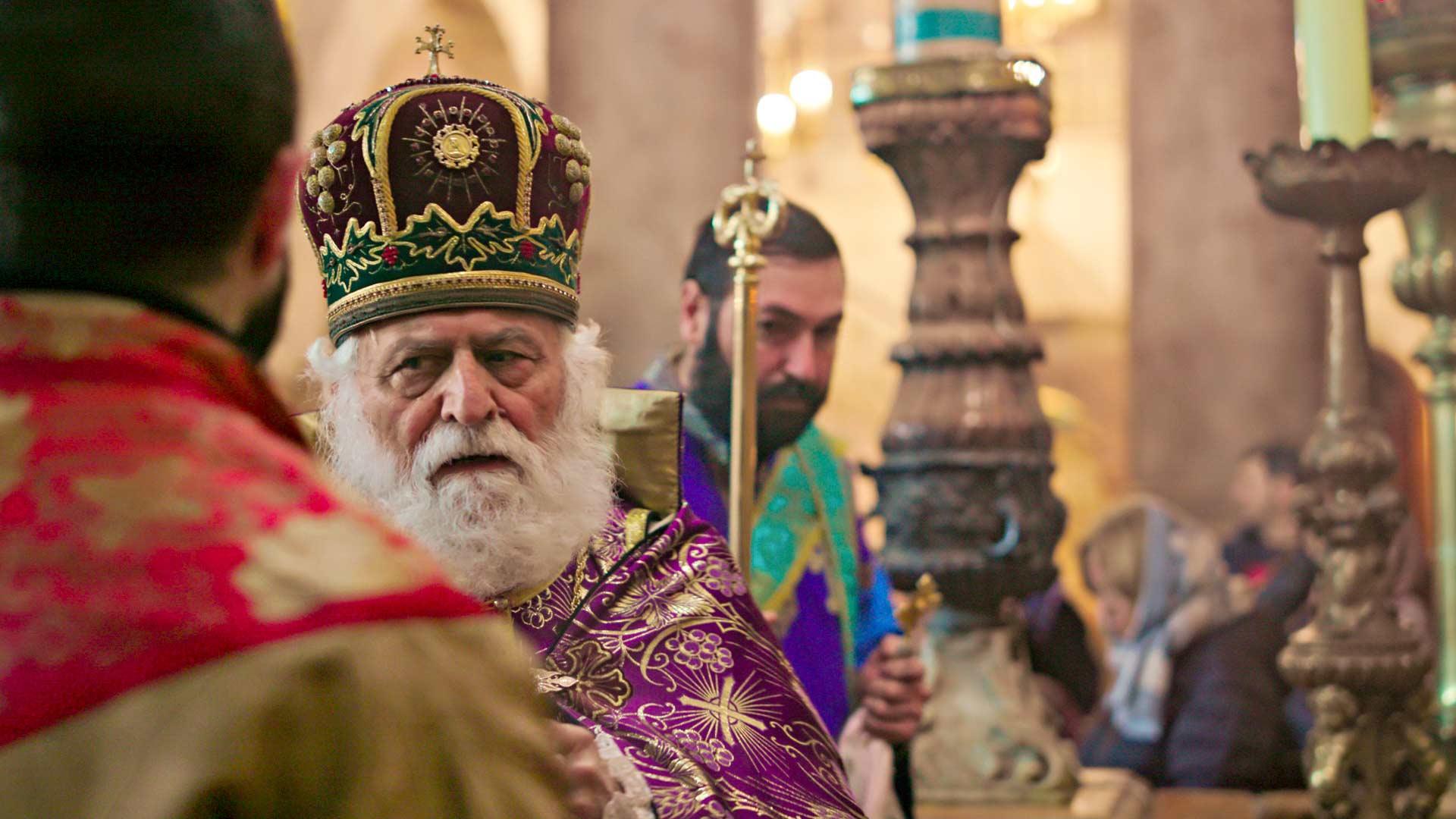 Jerusalemissa sijaitseva Pyhän haudan kirkko on rakennettu paikalle, jossa Jeesuksen ristiinnaulitsemispaikan Golgatan ja Jeesuksen haudan uskotaan sijainneen.