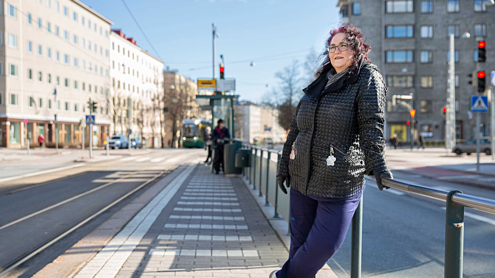 """""""Palkinto on se, kun saamme potilaan siihen kuntoon, että hän lähtee meiltä kuntoutettuna vuodeosastolle hoitoon"""", Terhi Tuominen-Seittonen kertoo työn antamasta tyydytyksestä."""