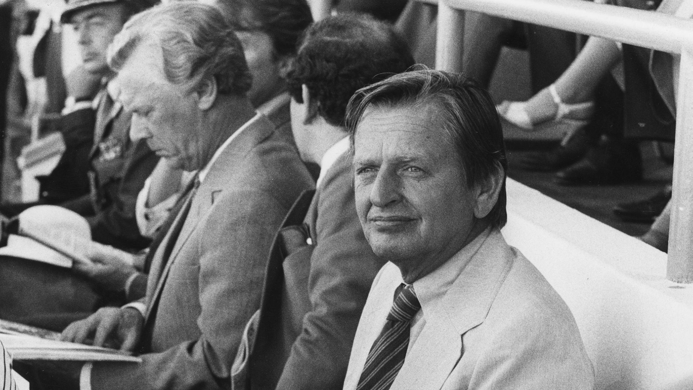 Ruotsin pääministeri Olof Palme osallistui katsojana Helsingin MM-kisoihin vuonna 1983.