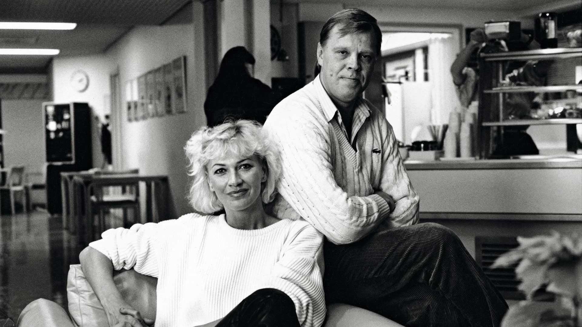 Hannelen ja Vesa-Matti Loirin ystävyys alkoi jo 70-luvulla ja jatkuu yhä. Hannele oli mukana myös vuonna 1988 alkaneessa Vesku Showssa, jolla parhaimmillaan oli 1,6 miljoonaa katsojaa.