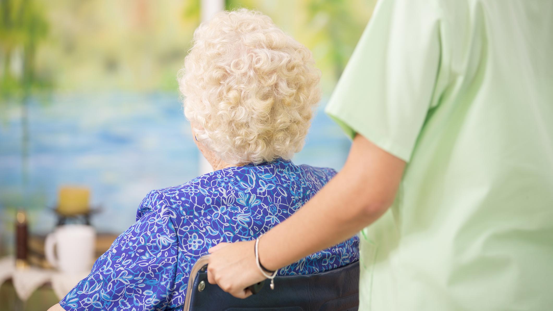 Vanhukset ovat koronakaranteenissa.