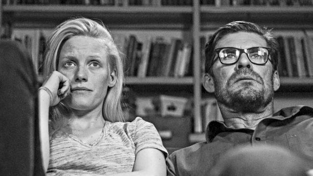 Laura Birn ja Tommi Korpela elokuvassa Tyhjiö.