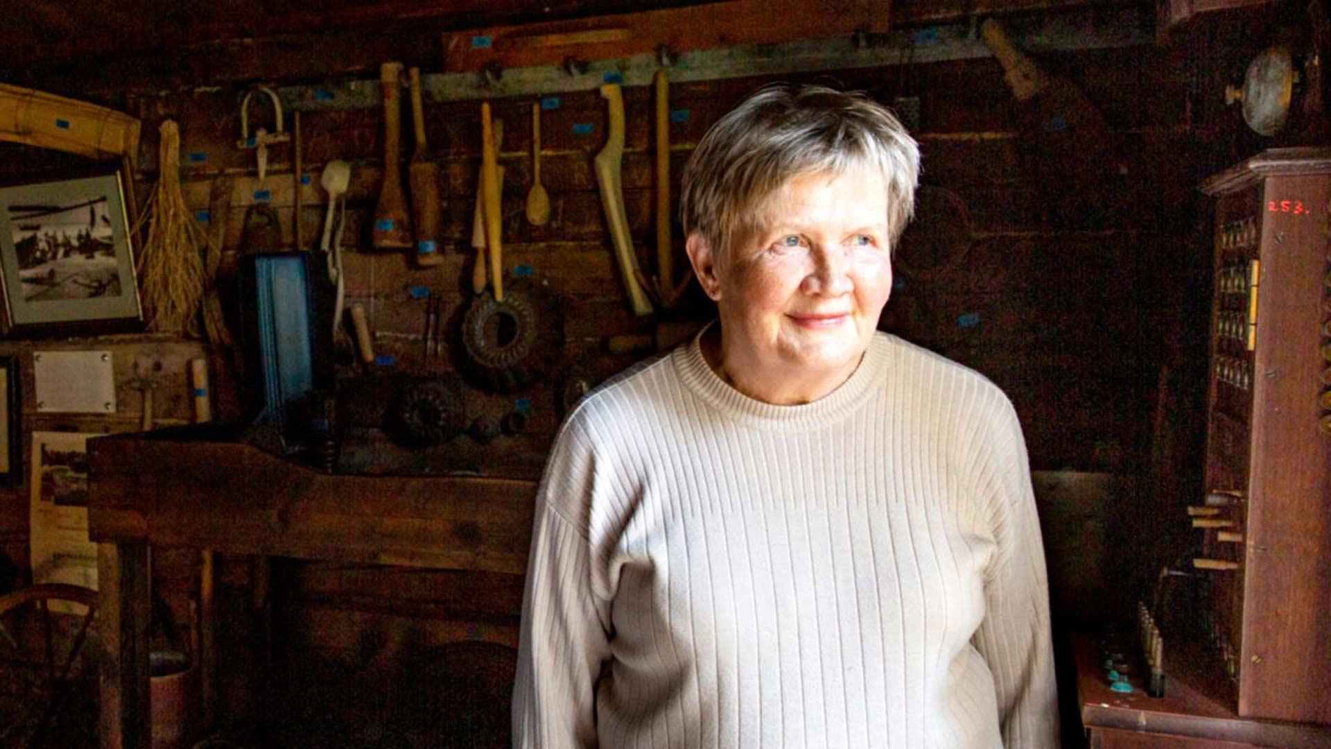Tammion kalastajakylän historiaan pääsee tutustumaan saaren vanhassa kalamajassa sijaitsevassa museossa. Kesäasukas Sirkka Pitkänen vinkkaa vierailijoita piipahtamaan myös Kalamajan vieressä sijaitsevalla Saaripirtin kirpputorilla.