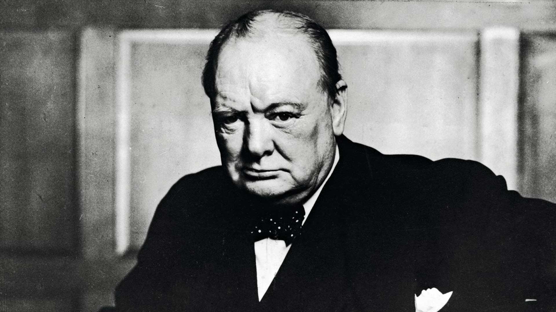 Winston Churchill vei Britannian sodan voittajaksi, mutta hävisi itse heti ensimmäisissä vaaleissa 1945. Britit tiesivät hänen olevan hyvä kriisijohtaja, mutta samalla aatteiltaan jo menneen ajan ihminen.