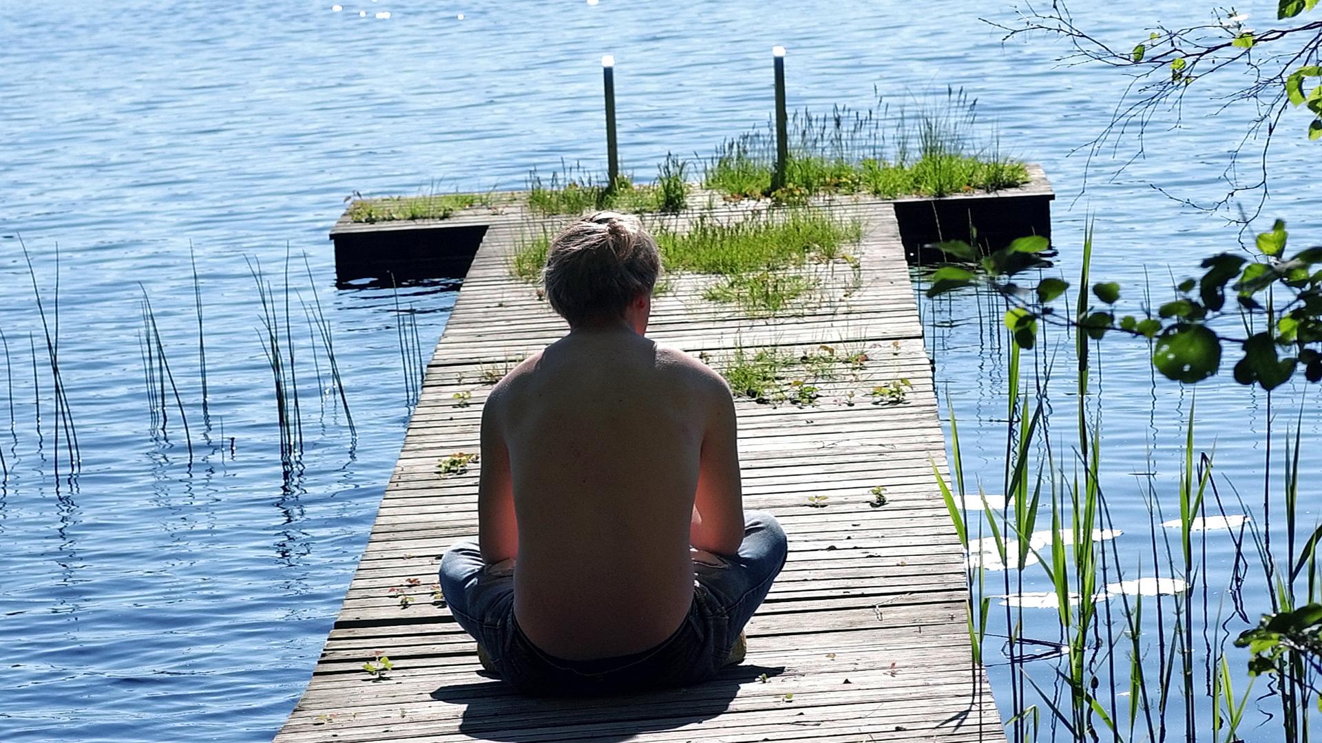 D-vitamiinia muodostuu Suomessa auringonvalolle altistuttaessa huhtikuulta elokuun lopulle.