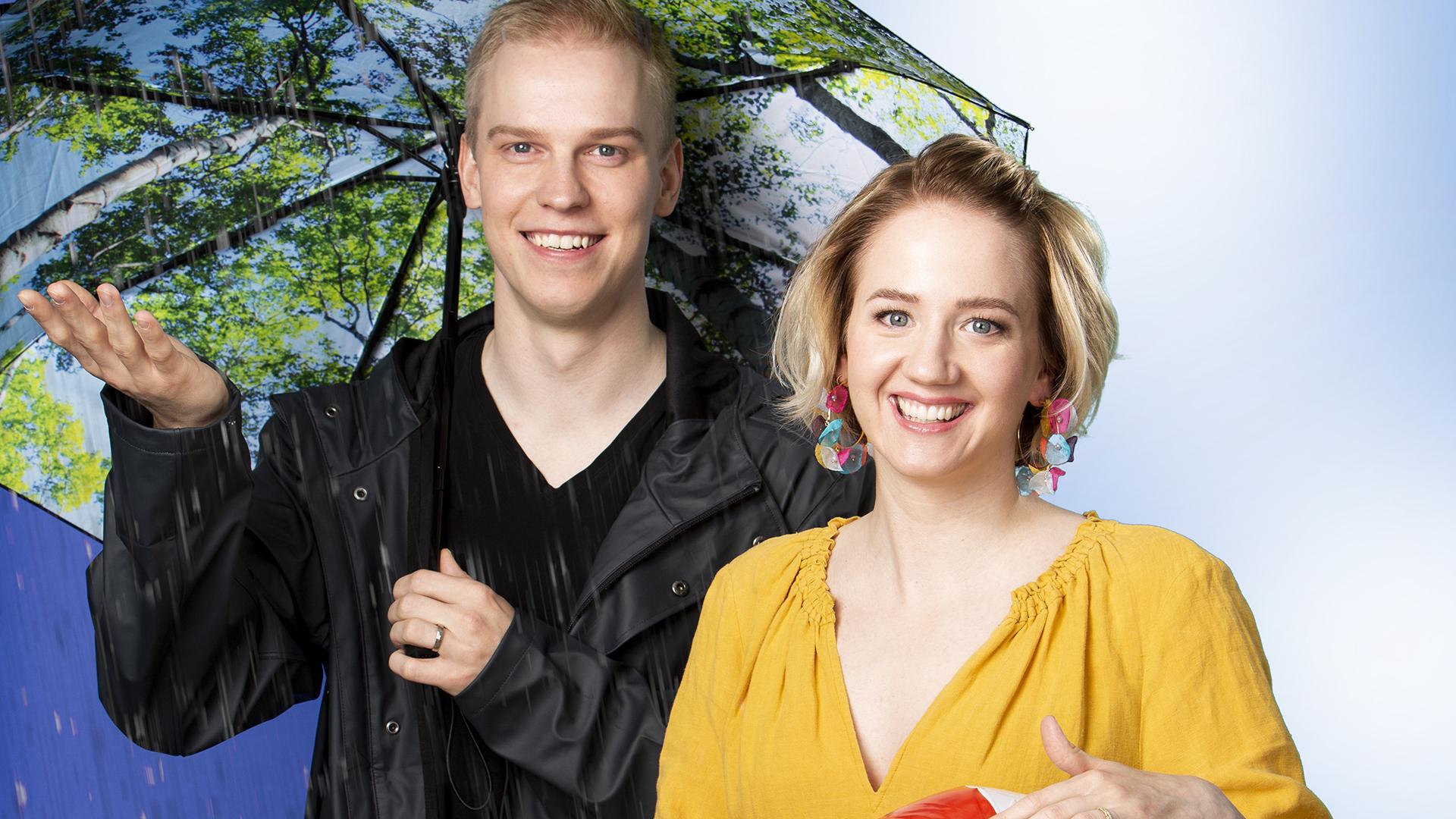 Meteorologit Joonas Koskela ja Anniina Valtonen