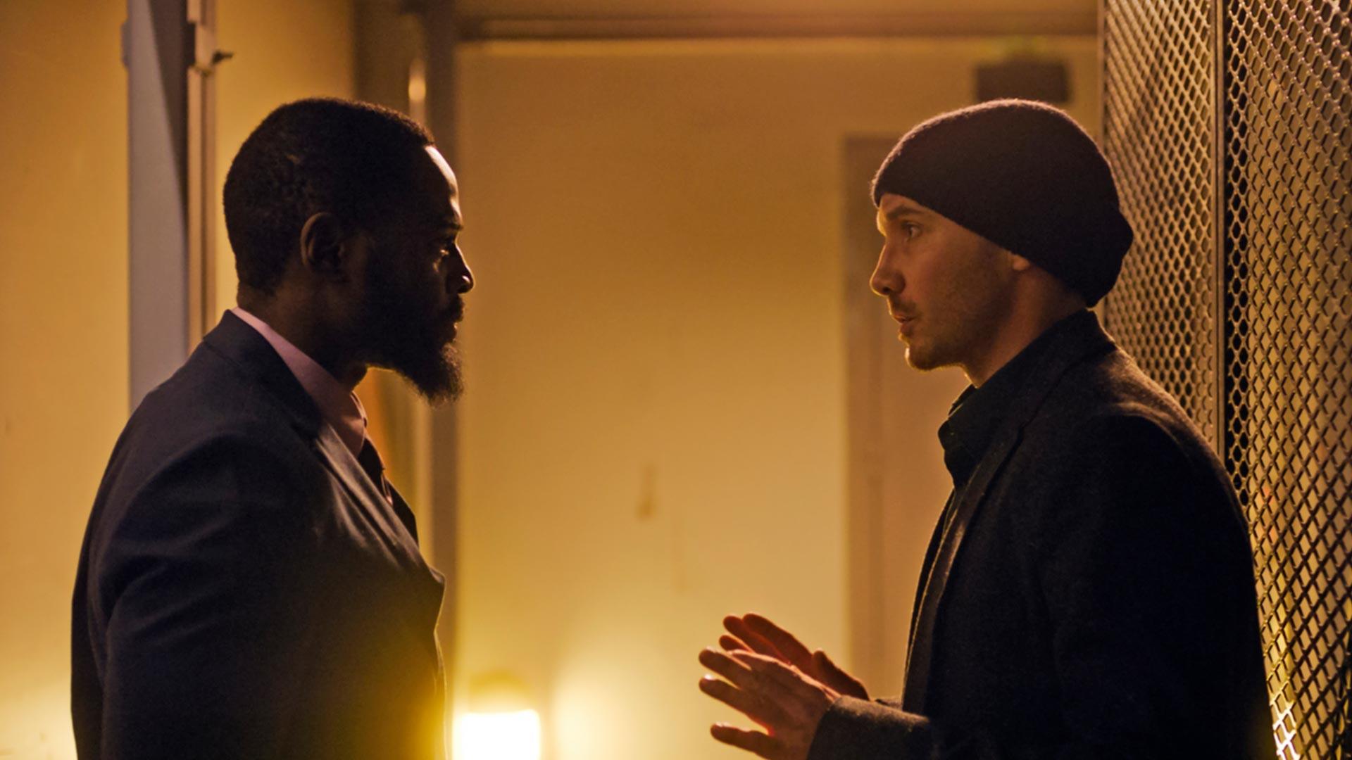 David Nzinga jaSamuli Vauramo elokuvassaKääntöpiste.