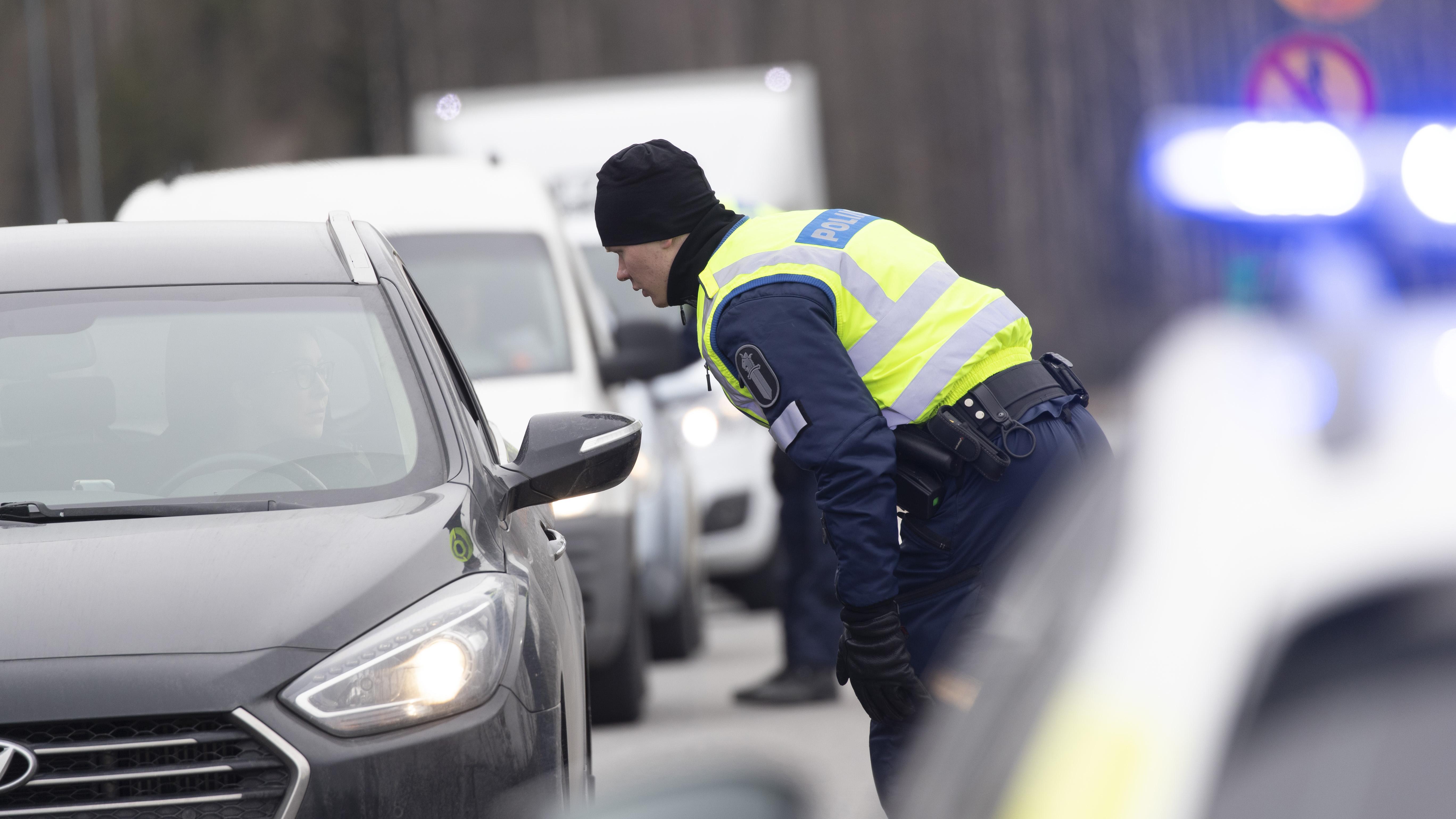 Sulku sitoi poliisin väkeä valvonnasta, tutkinnasta ja liikenteenvalvonnasta.