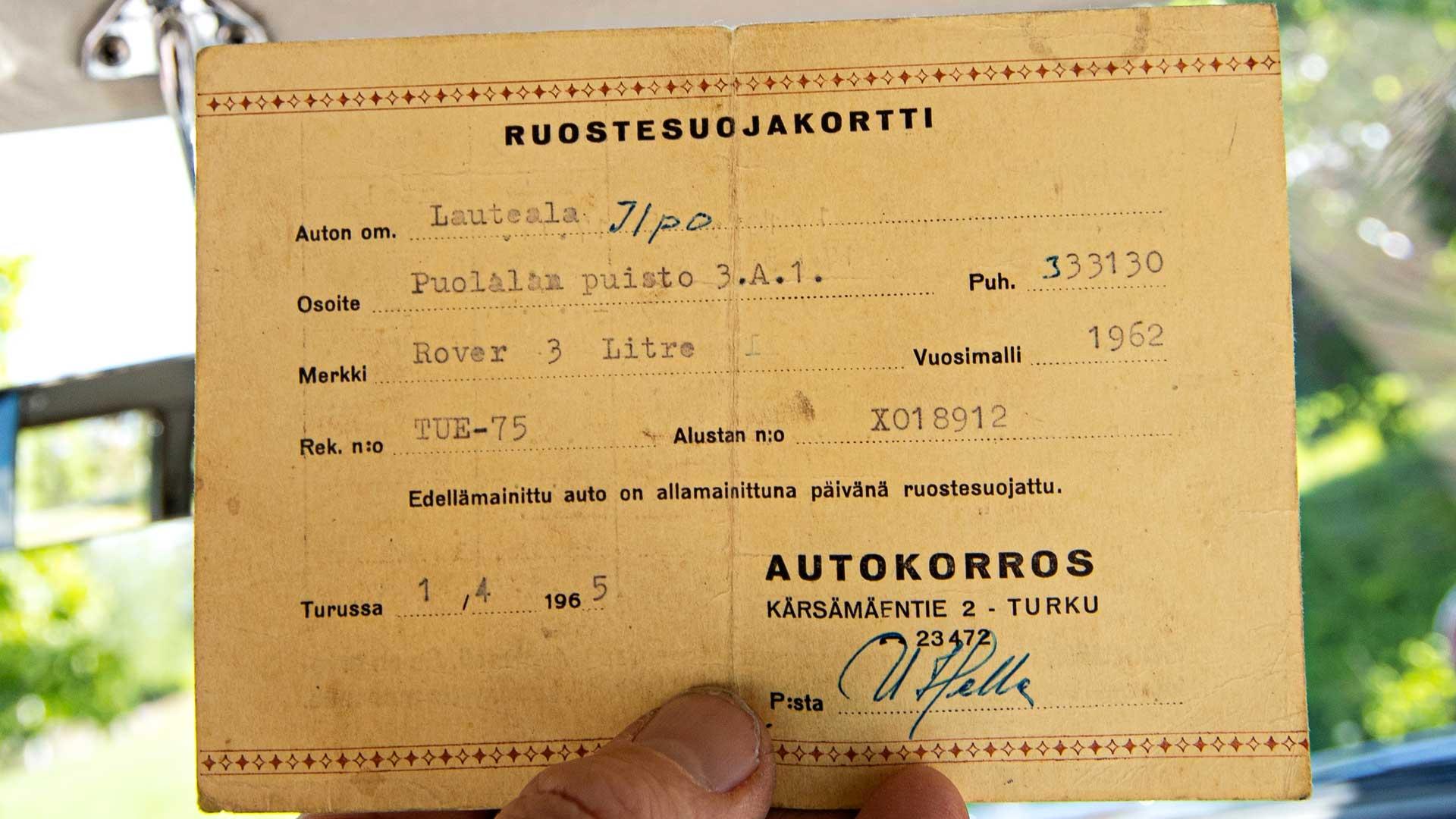 Asiakirjasta ilmenee, että Rover on ruostesuojattu Turussa vuonna 1965.