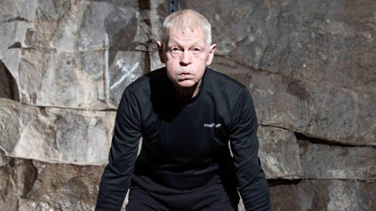 Gustaf Eklund nauttii harjoituksista, joissa lihakset pannaan koville ja syke nousee. Tulokset ovat parantuneet huikeaa vauhtia.