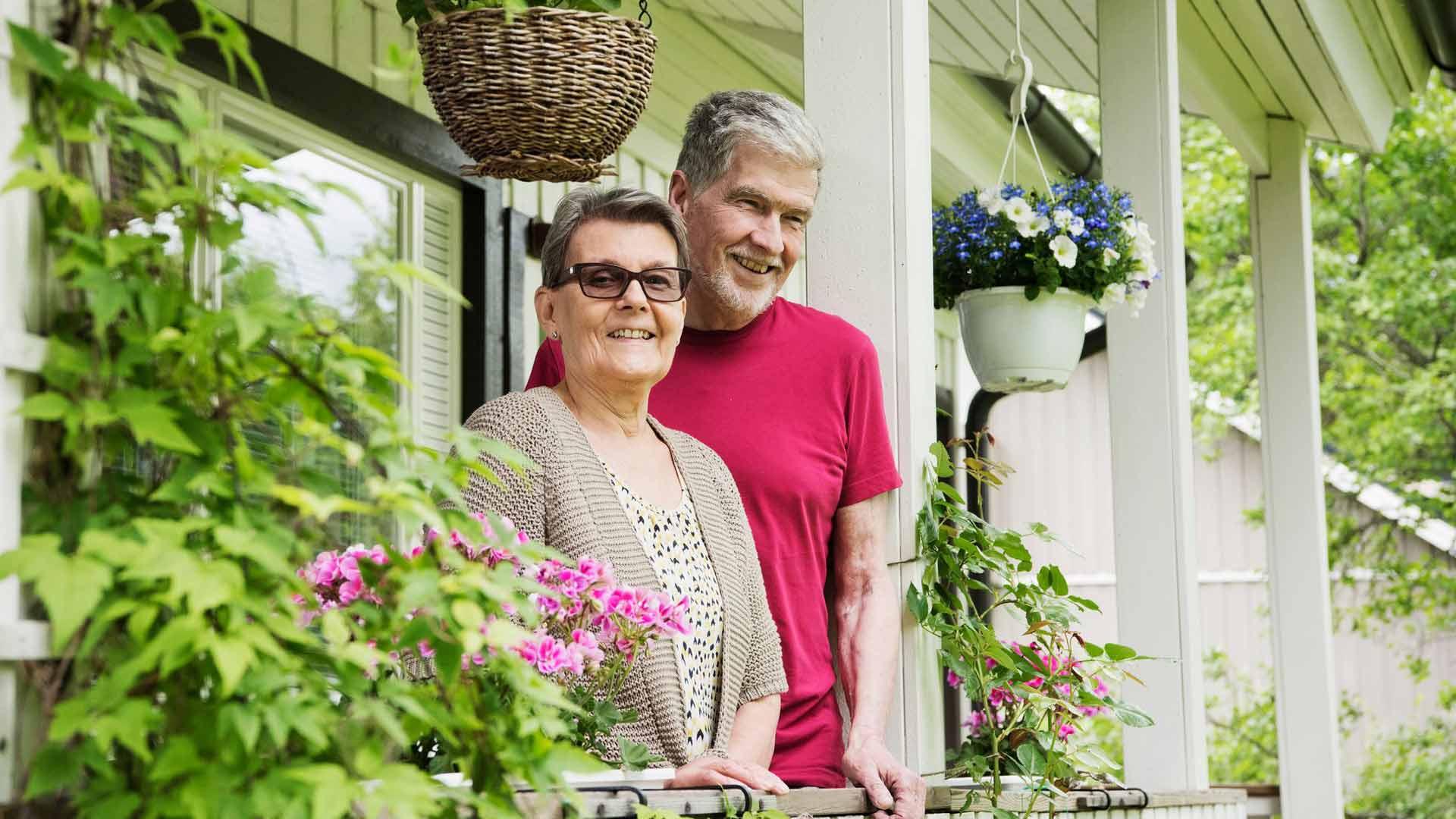 Saima ja Pekka Saarno ovat asuneet kodissaan yli 40 vuotta.